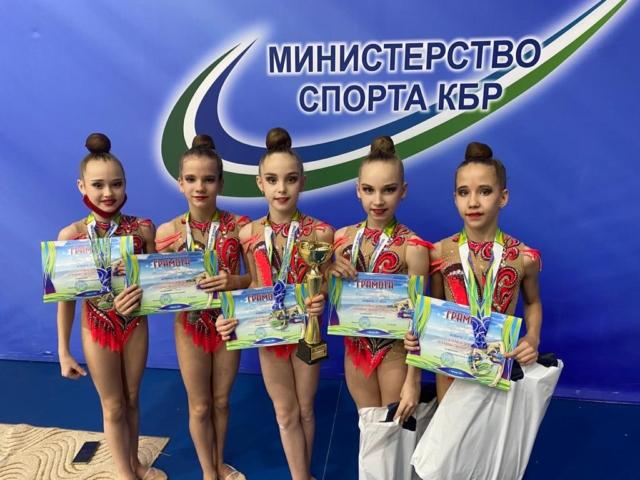 Жаркий январь для Астраханской сборной по художественной гимнастике!