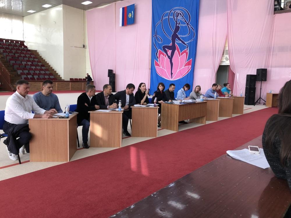 Общешкольное собрание с Министром спорта Федуровым М.А.