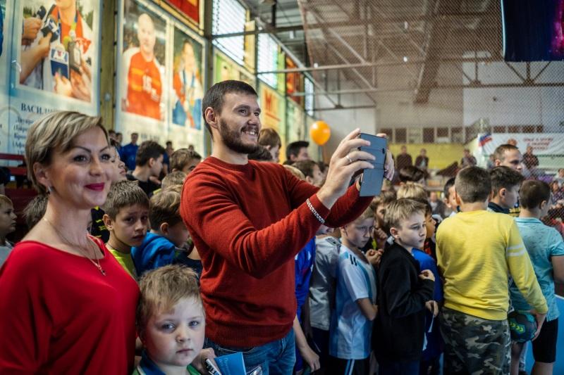 Старт дан! В Астрахани прошел первый этап акции «Забей ЧЕМПИОНУ»